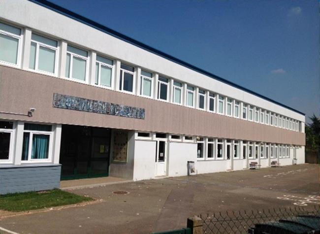Onip dépollue une école élémentaire à Mainvilliers !