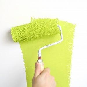 Choisir une peinture satinée pour le salon