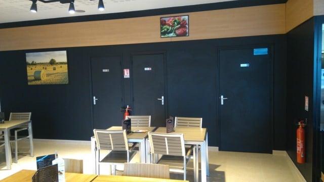 détruire les odeurs dans un restaurant